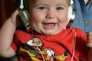 8 Advantages of Music for Young Children