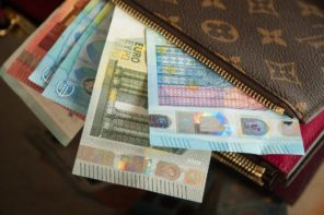 3 Easy Ways to Save Money When Travelling