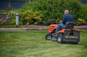Residential Zero Turn Lawn Mower